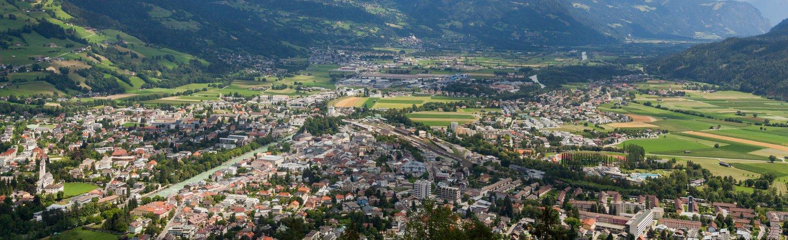 Luftaufnahme vom Talboden Lienz in Osttirol