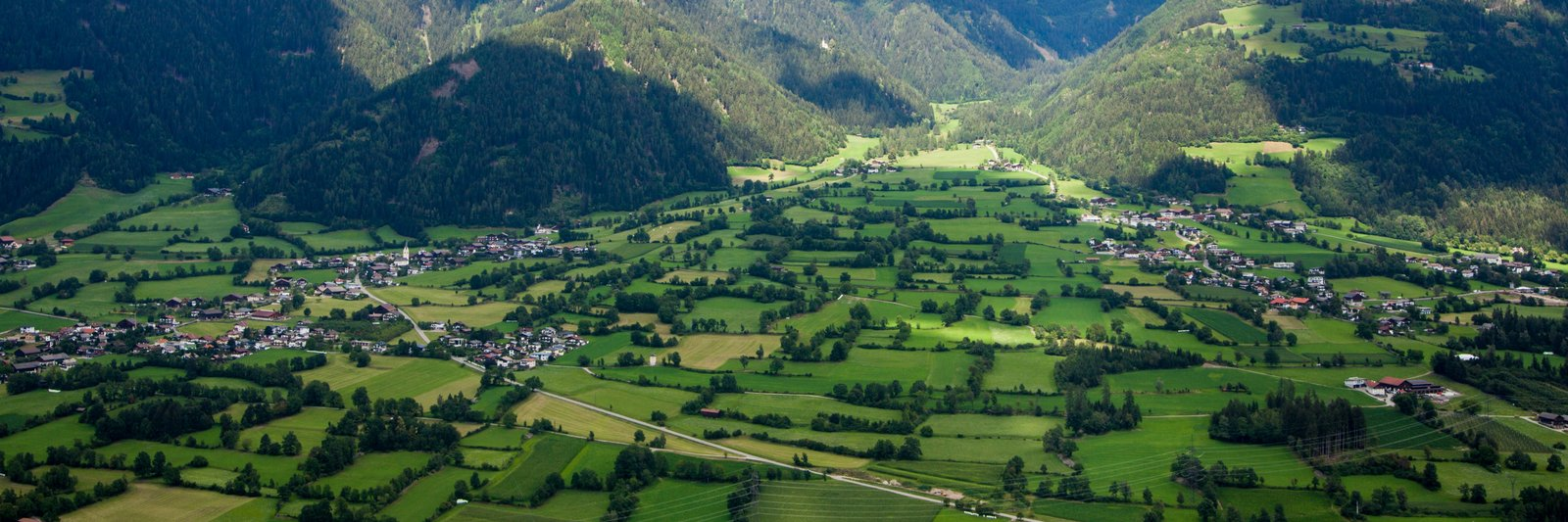 Luftaufnahme vom Talboden Lienz